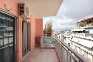 Joyful Turquoise Apt in Athens Historic Centre, Apartmanok  Athén - big - 31