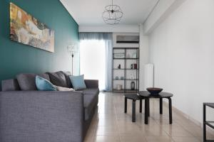 Joyful Turquoise Apt in Athens Historic Centre, Apartmanok  Athén - big - 35
