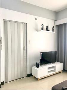 Sarasota Residential Resort (SMTL Properties), Apartments  Manila - big - 37