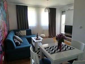 Apartman Čarolija, Apartments  Bijeljina - big - 7
