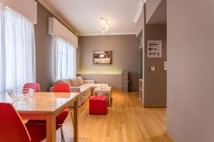 RED Luxury Athens-top sightseeing location, Apartments  Athens - big - 6