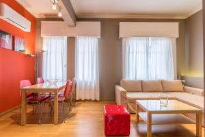 RED Luxury Athens-top sightseeing location, Apartments  Athens - big - 9