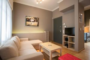 RED Luxury Athens-top sightseeing location, Apartments  Athens - big - 17