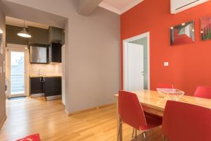 RED Luxury Athens-top sightseeing location, Apartments  Athens - big - 18