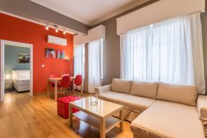 RED Luxury Athens-top sightseeing location, Apartments  Athens - big - 20