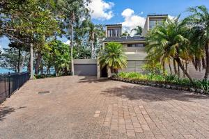 Spacious townhouse complete with floating mooring!, Appartamenti  Soldiers Point - big - 2