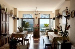 Pousada Casa Vila Bela, Penziony  Salvador - big - 1