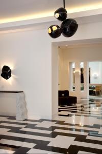 Hotel Marignan Champs-Elysées, Отели  Париж - big - 74