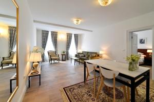 Manduša Heritage Apartments, Apartments  Zagreb - big - 1