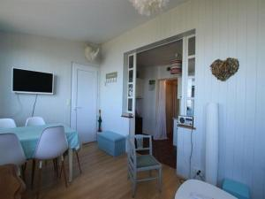 Apartment Face mer - place du ralliement, Apartments  Saint-Brevin-les-Pins - big - 7