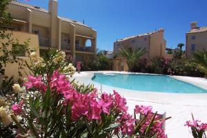Adriatica immobiliare - Smeralda village - AbcAlberghi.com