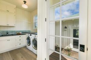 Poipu Beach Estates Home, Prázdninové domy  Koloa - big - 29