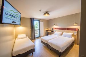 Archipel Volcans, Hotel  Saint-Genès-Champanelle - big - 26