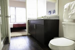 Dormigo Eastside Apartment 2, Apartmány  Austin - big - 24