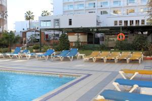 Apartamentos Buensol, Apartmanok  Torremolinos - big - 12