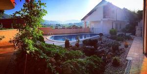 Holiday Home Mediteran, Apartmanok  Mostar - big - 1