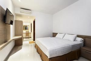 Hotel Adilla Syariah Ambarukmo, Hotels  Yogyakarta - big - 23