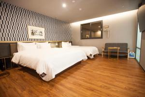 Brown-Dot Hotel Beomcheon, Hotely  Busan - big - 65