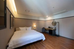 Brown-Dot Hotel Beomcheon, Hotely  Busan - big - 92