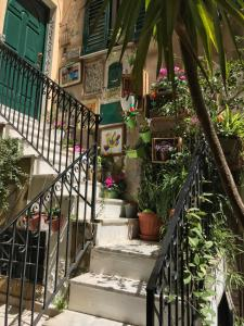 La Mansardina B&B, Bed & Breakfasts  Agrigent - big - 2