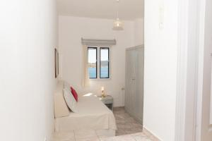 Captain Manos Studio Apartments, Apartments  Grikos - big - 27