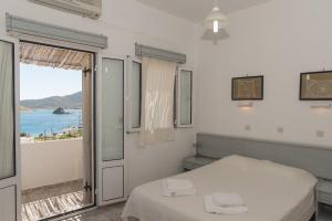 Captain Manos Studio Apartments, Apartments  Grikos - big - 26