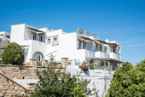 Captain Manos Studio Apartments, Apartments  Grikos - big - 8