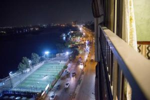 Condo by the Nile, Appartamenti  Il Cairo - big - 10