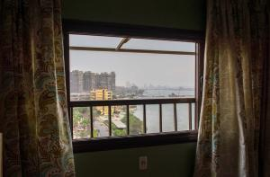 Condo by the Nile, Apartmanok  Kairó - big - 26