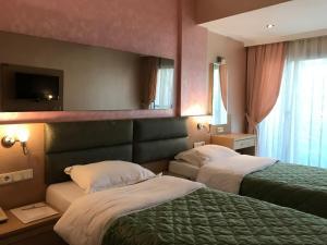 Marin-A Hotel, Отели  Тургутреис - big - 2
