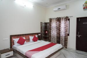 OYO 13330 Home Modern Apartment 3BHK Pratap Nagar, Apartments  Udaipur - big - 1