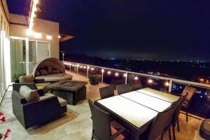Sunrise Estate - Five Bedroom Estate, Nyaralók  San Diego - big - 9