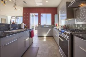 Sunrise Estate - Five Bedroom Estate, Nyaralók  San Diego - big - 28