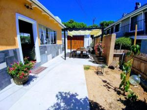 North Park Treasure - Three Bedroom Home, Dovolenkové domy  San Diego - big - 12