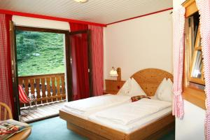 Heidi-Hotel Falkertsee, Hotely  Patergassen - big - 16