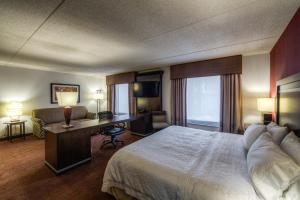 Hampton Inn & Suites Detroit/Airport Romulus, Отели  Ромьюлес - big - 22
