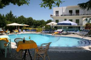 Hotel Carmencita - AbcAlberghi.com