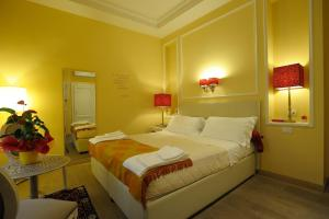 Luxury B&B La Dimora Degli Angeli, Guest houses  Florence - big - 40