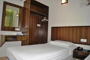 Puteri Bayu Beach Resort, Курортные отели  Пангкор - big - 6