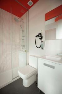 Vitium Urban Suites, Affittacamere  Madrid - big - 44