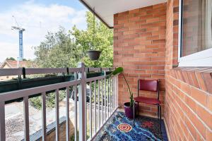 Eleanor - Beyond a Room Private Apartments, Апартаменты  Мельбурн - big - 5