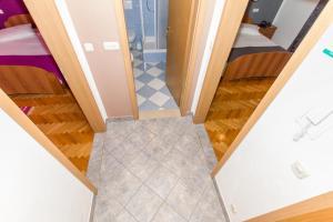 Dvosobni apartman s pogledom na more BRSLAV-A1, Апартаменты  Брела - big - 12