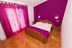 Dvosobni apartman s pogledom na more BRSLAV-A1, Ferienwohnungen  Brela - big - 10