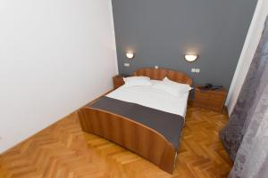 Dvosobni apartman s pogledom na more BRSLAV-A1, Апартаменты  Брела - big - 9