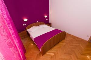 Dvosobni apartman s pogledom na more BRSLAV-A1, Ferienwohnungen  Brela - big - 2