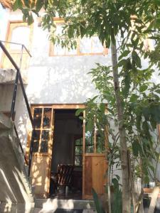 Love Nature Casa De Madera, Case di campagna  Panajachel - big - 1