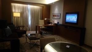 One Bedroom Condo @ One Shangr..