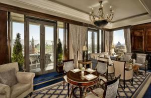 Habitación Club Level con acceso al salón executive