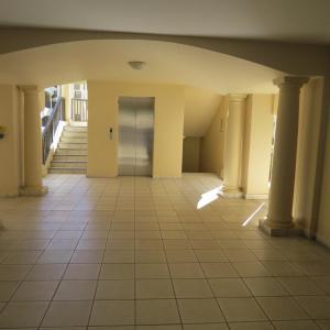公寓 - 地面楼层
