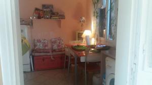 Varres 1 House, Dovolenkové domy  Zakynthos Town - big - 4